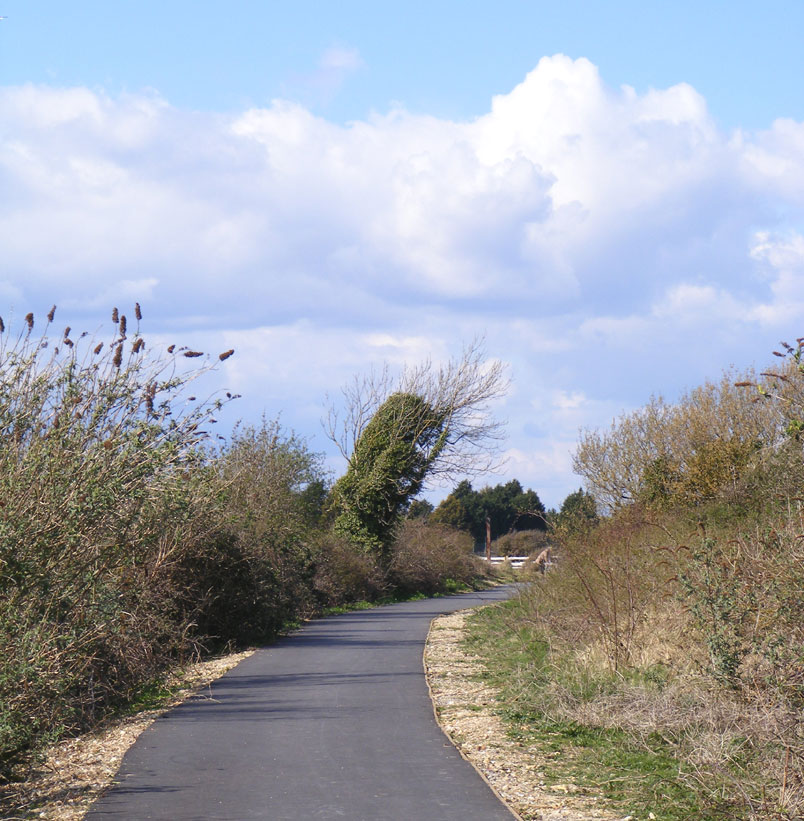 Cyclepath south of Old Shoreham